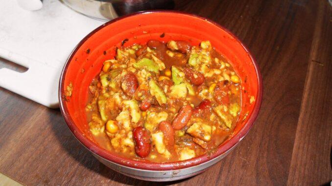 fazole-s-kukurici-avokado-vegan-veganske-recepty-veganska-jidla