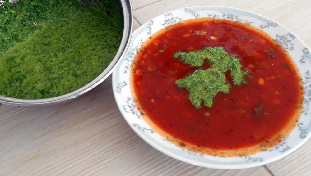 rajská polévka s gremolatou / veganské recepty