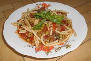 makaróny alla putanesca / veganské recepty