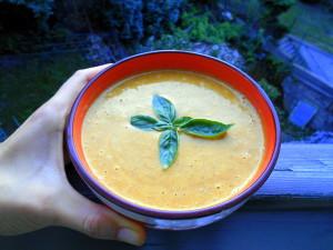 dýňová polévka s kešu / veganské recepty