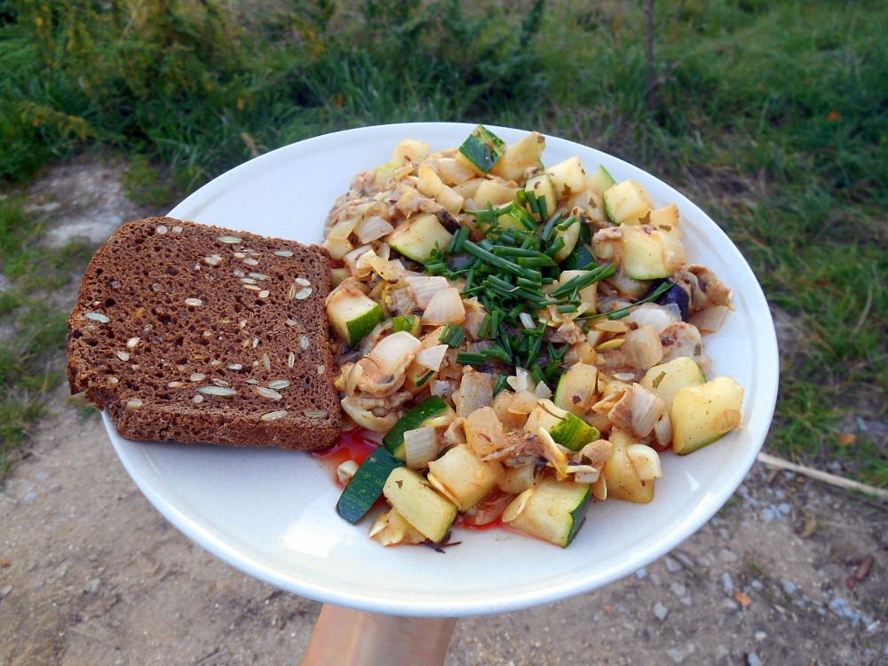 bedly s cuketou / veganská smaženice / veganské recepty