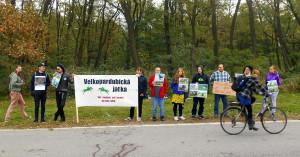 demonstranti 269 / velká pardubická