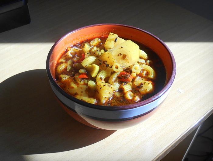 celerový guláš v odpoledním slunci / veganské recepty