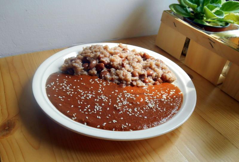 mexická kakaová omáčka mole / veganské recepty
