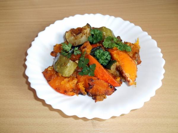 zapečené dýně cukety okurky / veganské recepty