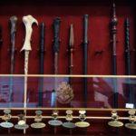 Obchod s tématikou Harryho Pottera: hůlky