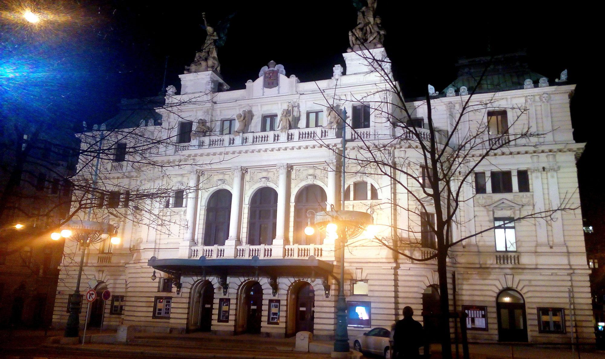 divadlo na vinohradech / secese / miluna