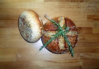 Domácí chléb s rozmarýnem / domaci chleba z trouby / veganské recepty
