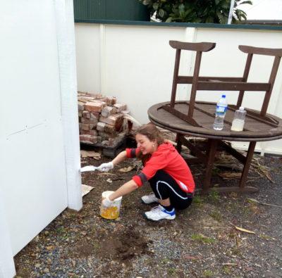 squatting slav coromandel miluna-venca práce nový zéland