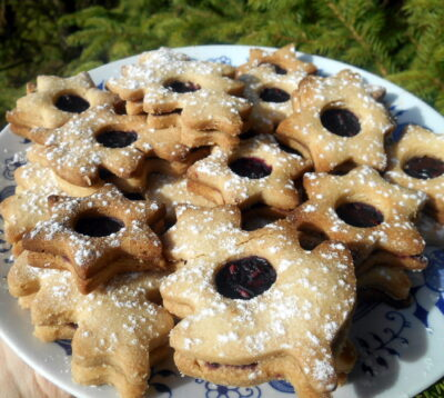 linzer-sweets-christmas-cookies-vegan
